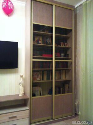 Книжный шкаф с дверями-купе, цвет древесный в омске - на пор.